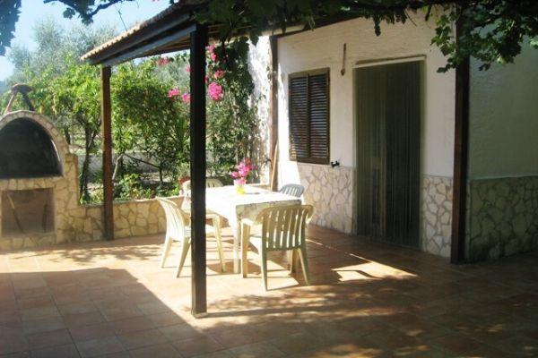 Ingresso- veranda Villino Moresco